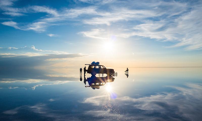 世界中の旅行者を魅了する雨期の『ウユニ塩湖』【ボリビア】