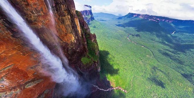 Angel-Falls-Venezuela-990x500