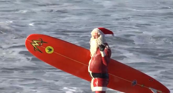 サンタ・サーフィン