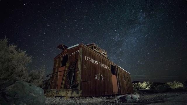 タイムラプス撮影した4K映像「Ghosts of Death Valley」3