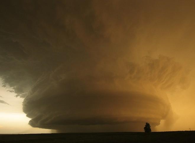 世界で撮影された雷や雷雲のすごい画像13