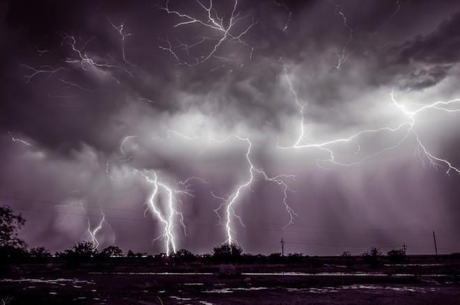 世界で撮影された雷や雷雲のすごい画像33
