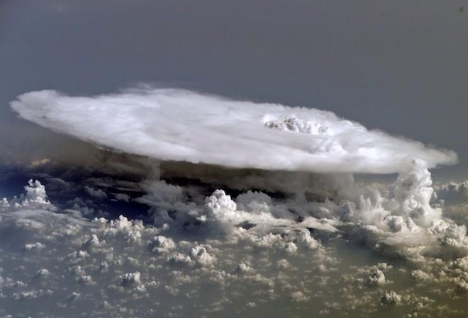 世界で撮影された雷や雷雲のすごい画像11