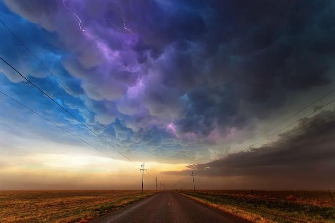 世界で撮影された雷や雷雲のすごい画像27