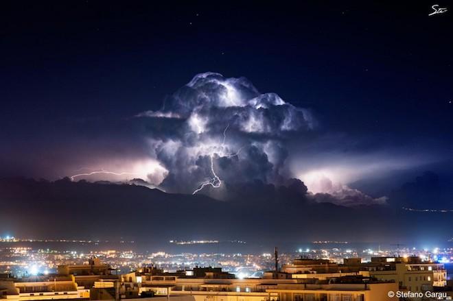 世界で撮影された雷や雷雲のすごい画像16