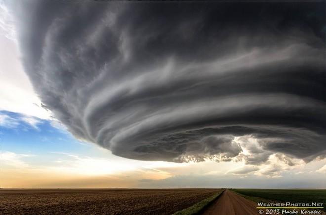 世界で撮影された雷や雷雲のすごい画像23