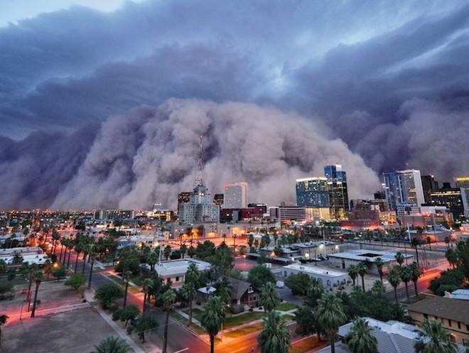 世界で撮影された雷や雷雲のすごい画像34