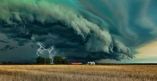 世界で撮影された雷や雷雲のすごい画像8