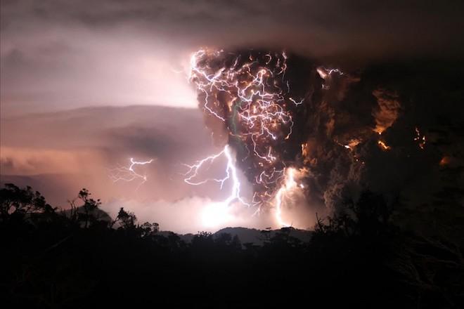 世界で撮影された雷や雷雲のすごい画像17