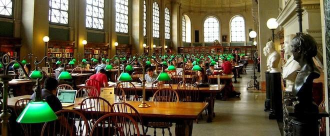 ハーバード大学図書館の壁に書かれた落書き20個
