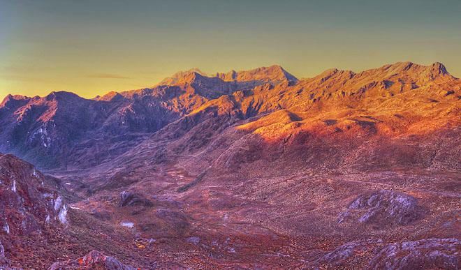 世界一長い山脈 - アンデス山脈(南米大陸)
