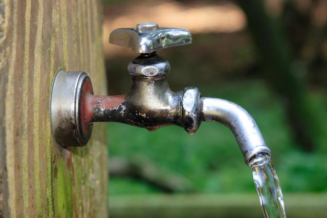 旅行者向け水道水ガイド – 各国の水道水事情を示すインフォグラフィック
