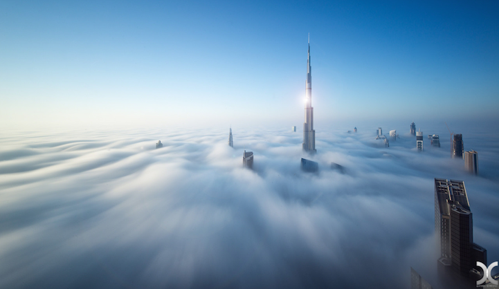 近未来的な美しさを持つドバイの超高層ビル群3