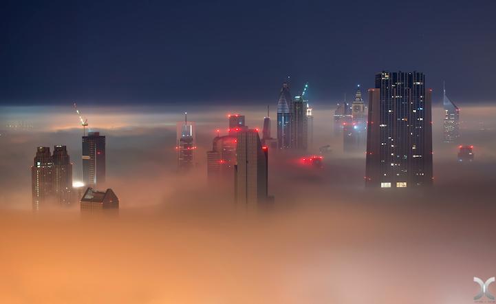 近未来的な美しさを持つドバイの超高層ビル群8