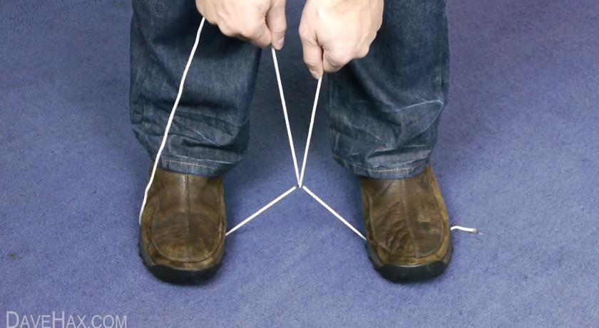 ハサミ不要!簡単にひもやロープを切断する方法【ライフハック動画】3