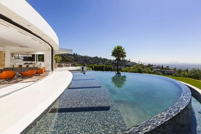 約84億円のマインクラフト御殿?『Minecraft』の開発者が購入した大邸宅の写真を公開!3