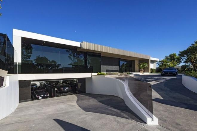 約84億円のマインクラフト御殿?『Minecraft』の開発者が購入した大邸宅の写真を公開!