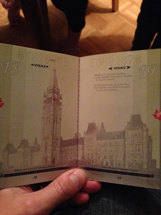 カナダの新パスポートに隠された秘密がオシャレすぎる!003