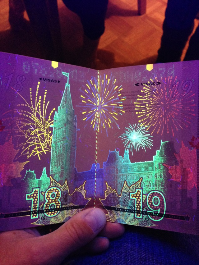 カナダの新パスポートに隠された秘密がオシャレすぎる!004