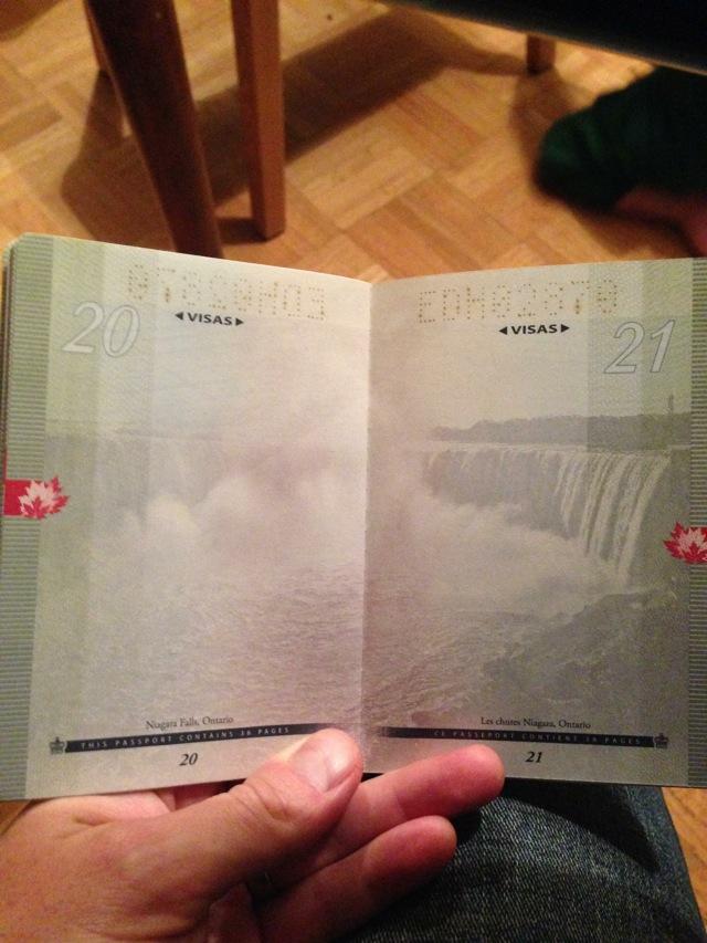 カナダの新パスポートに隠された秘密がオシャレすぎる!011
