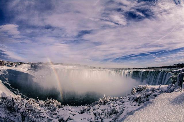 ナイアガラの滝までも凍る5