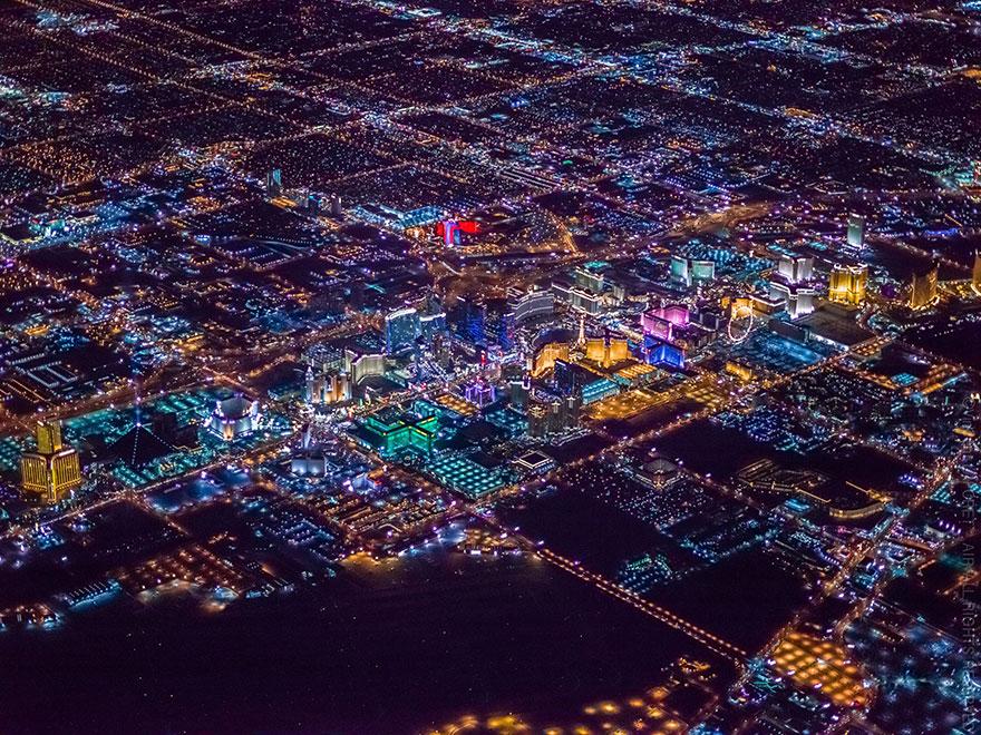 ギャンブルとエンターテインメントの街!圧倒的な美しさを持つラスベガスの夜景2