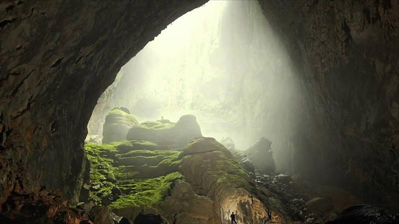 ベトナムにある世界最大の洞窟「ソンドン洞」