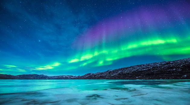 超高画質4Kカメラで撮影されたオーロラ映像 – Two Lands – Greenland | Iceland – 4K