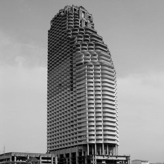 サトーン・ユニーク・タワー-05