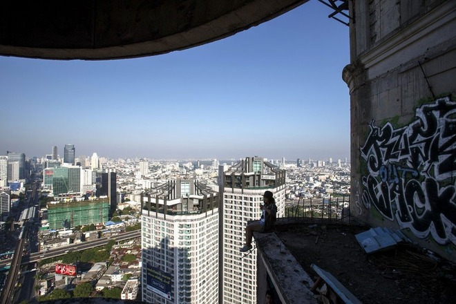 サトーン・ユニーク・タワー-08