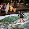 ドイツ・ミュンヘンの公園でサーフィンを楽しめる!【TVでも話題に】